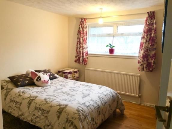 Bedroom of Morcom Road, Dunstable, Bedfordshire LU5