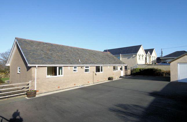 Thumbnail Bungalow for sale in Llwyngwril, Gwynedd