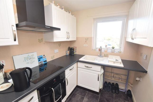 Kitchen of Pebble Court, Paignton, Devon TQ4