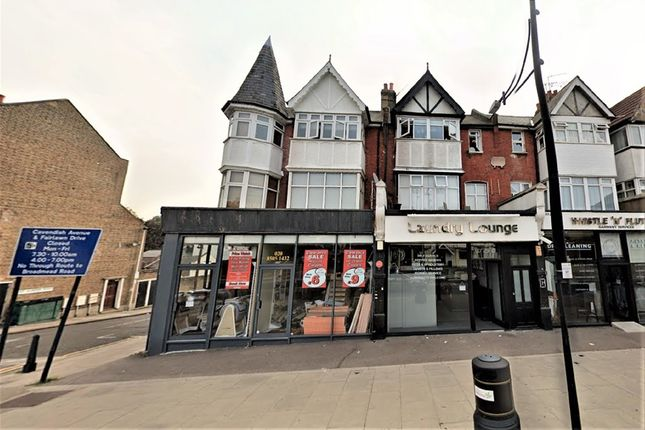 1 bed flat to rent in The Roses, High Road, Woodford Green IG8