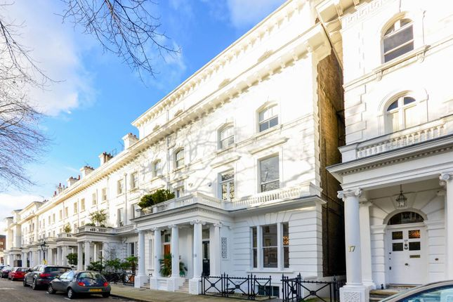 Thumbnail Property to rent in Kensington Gate, Kensington, London