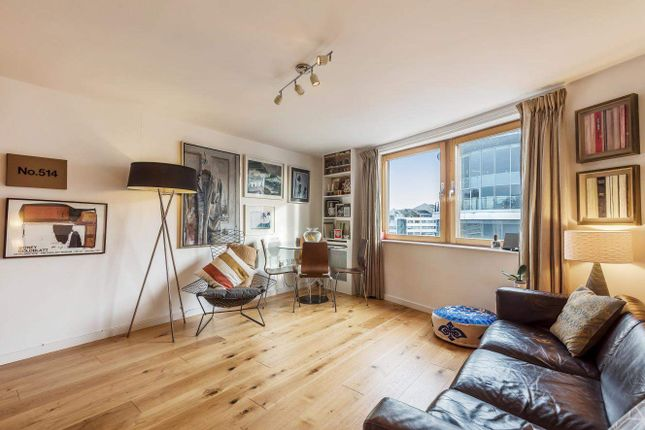 Thumbnail 2 bed flat for sale in Station Court, Townmead Road, Fulham