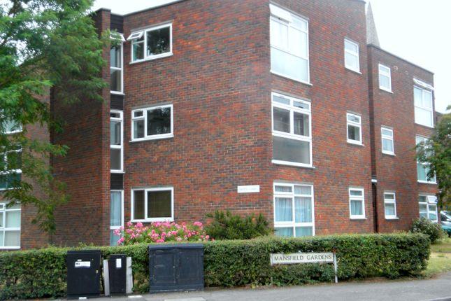 2 bed flat to rent in Mansfield Gardens, Hertford