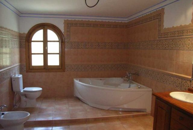 Bathroom of Spain, Málaga, Estepona, East Estepona