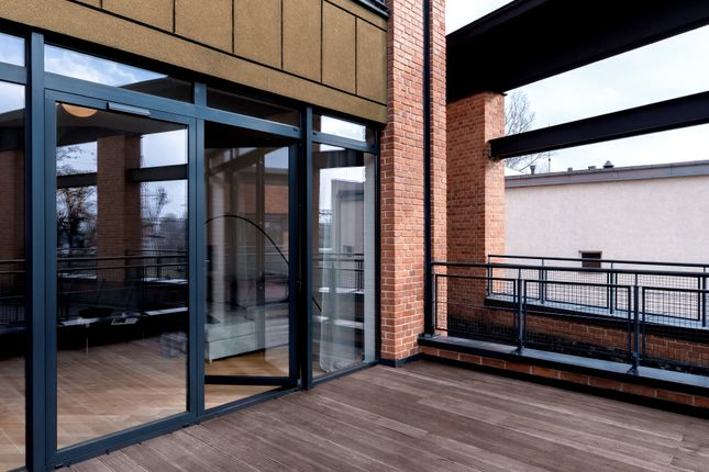 Thumbnail Flat for sale in Central Slough Apartments, Petersfield Avenue, Slough