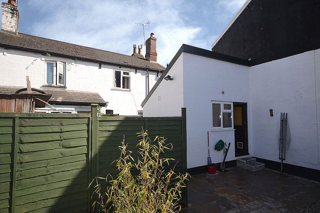 Thumbnail Cottage for sale in Bridge Cottages, St James, Exeter