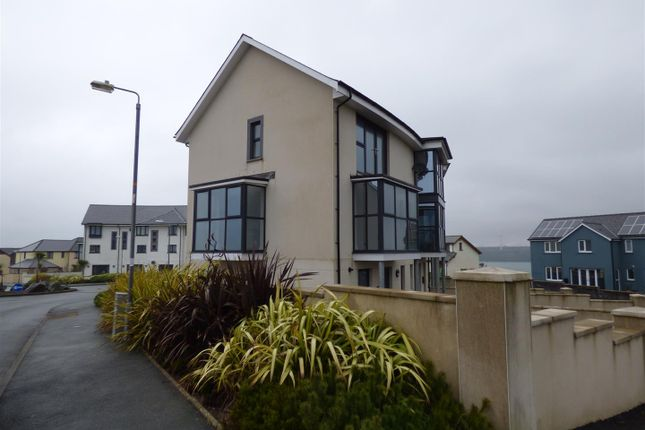4 bed end terrace house for sale in The Crescent, Pennar, Pembroke Dock