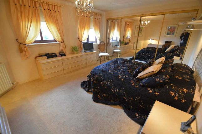 Bedroom 1 of South Park Grove, Hamilton ML3