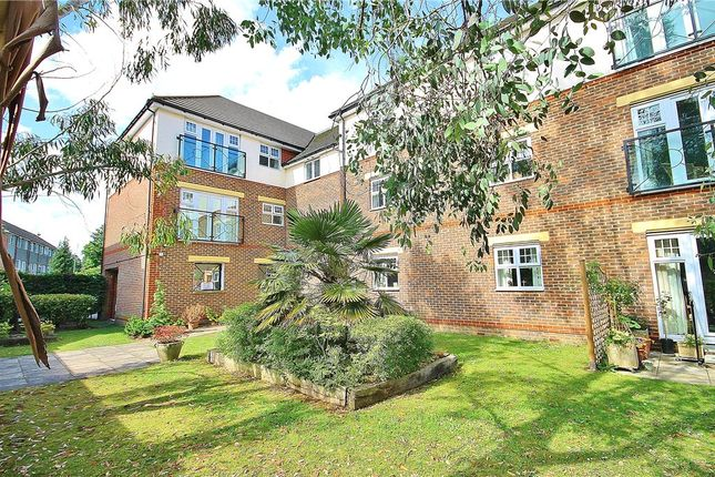 Thumbnail Flat for sale in Raphael Court, Lower Sunbury, Middlesex