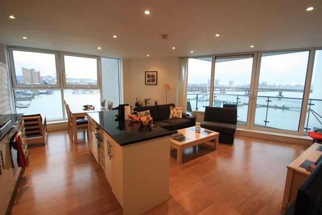 Thumbnail Flat to rent in Albert Basin Way, Royal Docks, London
