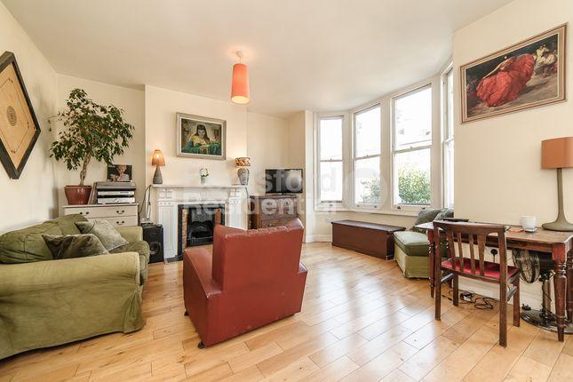 Thumbnail Flat to rent in Josephine Avenue, London