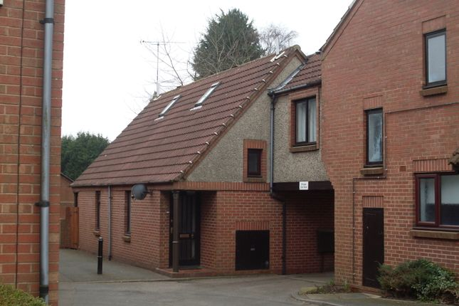 Thumbnail Town house to rent in Wood Street, Earl Shilton