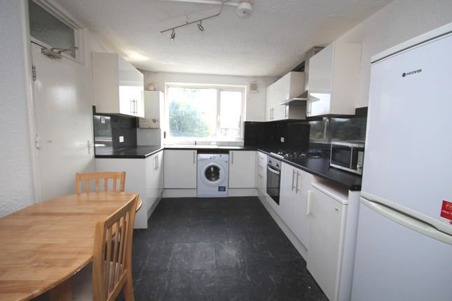 5 bed semi-detached house to rent in Camellia Lane, Surbiton