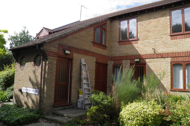 Thumbnail Flat to rent in Ryhall Road, Stamford, Lincolnshire