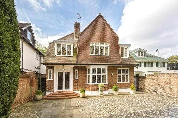 Thumbnail Property to rent in Hartington Road, Chiswick, London