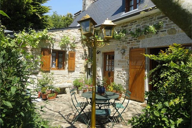 4 bed property for sale in Bretagne, Finistère, La Foret Fouesnant