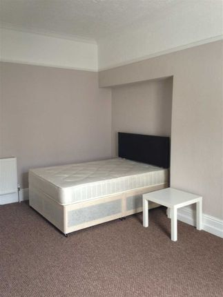 Thumbnail Terraced house to rent in Seaton Avenue, Mutley, Plymouth