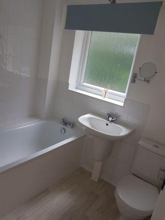 Family Bathroom of Esher Court, Northampton NN3
