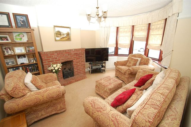 3 bed detached house for sale in Cranham Road, Hornchurch