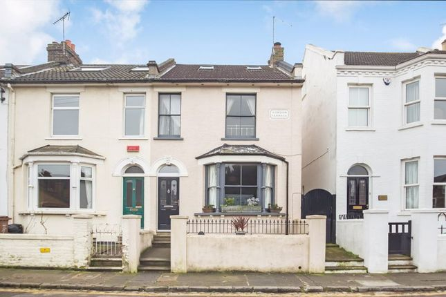 Thumbnail Terraced house to rent in Gordon Terrace, Rochester
