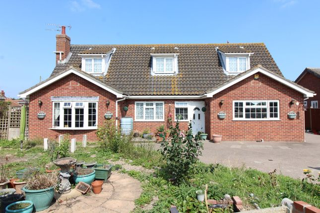 Thumbnail Property for sale in Beach Road, Scratby, Great Yarmouth