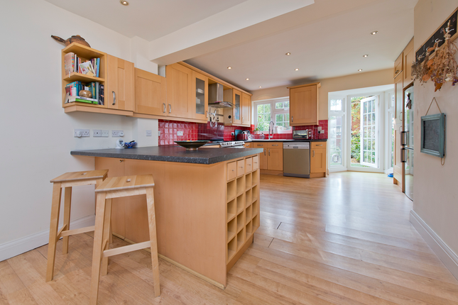 Thumbnail Town house for sale in St James Road, Sutton