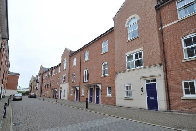 Thumbnail Property to rent in Armstrong Drive, Worcester