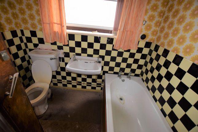 Bathroom of Maresfield Drive, Pevensey Bay BN24
