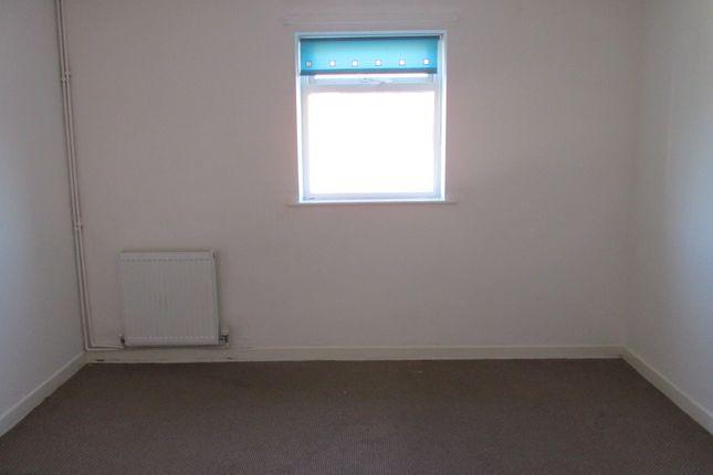 Bedroom of Flanderwell Lane, Rotherham S66