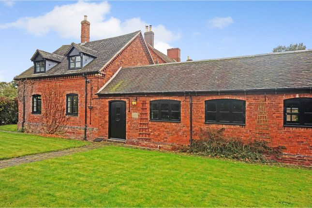 Thumbnail Barn conversion for sale in Old London Road, Lichfield