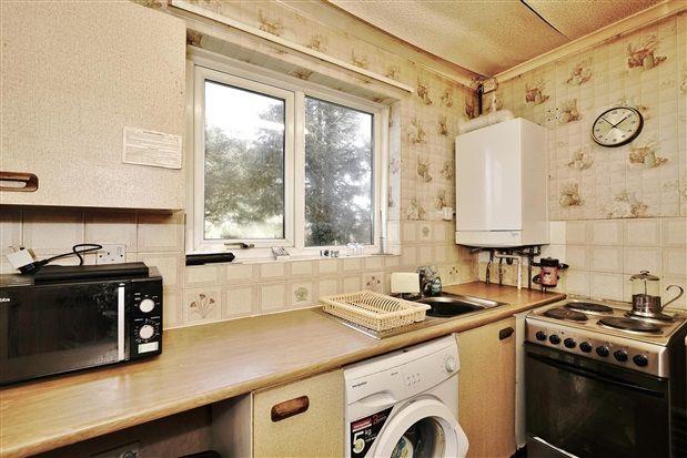 Kitchen of Penwortham Hall Gardens, Preston PR1