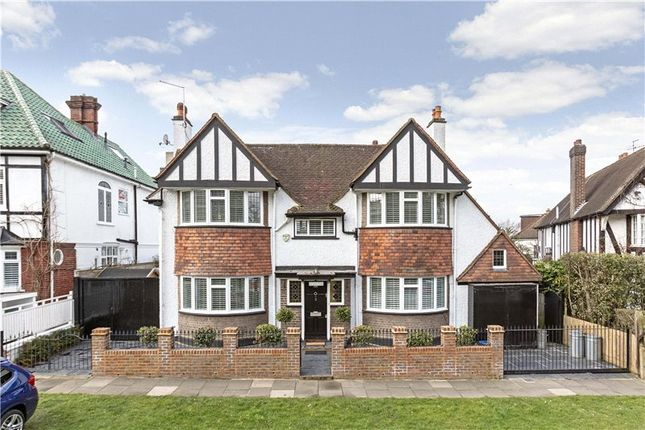 Thumbnail Property for sale in Vine Road, Barnes, London