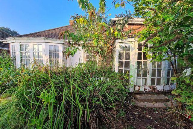 2 bed detached bungalow for sale in Glyn Way, Stubbington, Fareham PO14