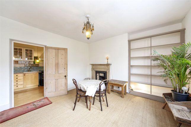 2 bed maisonette to rent in St Lukes Road, London