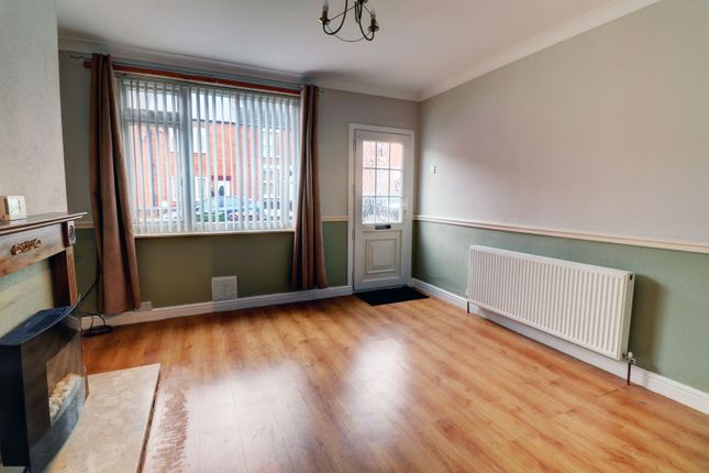 Lounge of Welbeck Street, Creswell, Worksop S80