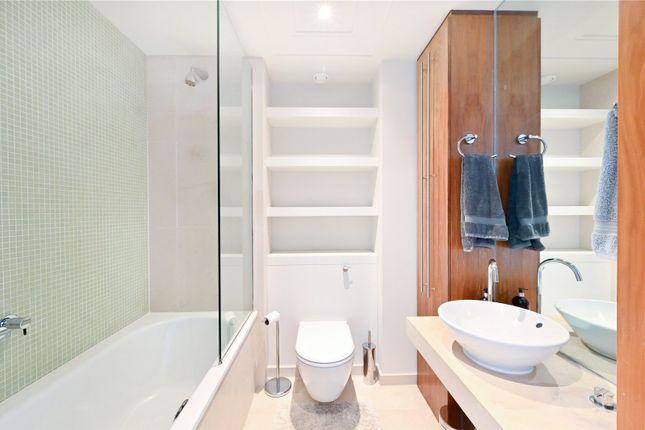 Bathroom of New Providence Wharf, 1 Fairmont Avenue, London E14