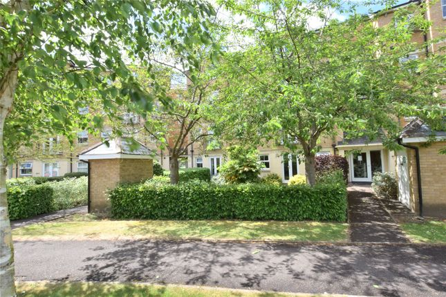 Thumbnail Flat for sale in Venneit Close, Oxford