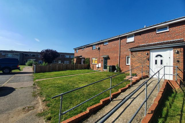 2 bed property to rent in Calamint Road, Witham CM8