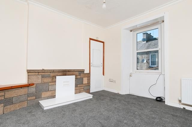 Thumbnail Flat to rent in Station Road, Roslin