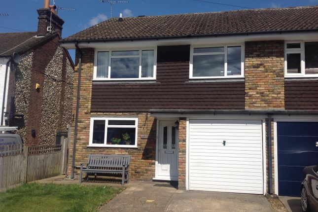 4 bed property to rent in Croft Lane, Chipperfield, Kings Langley WD4