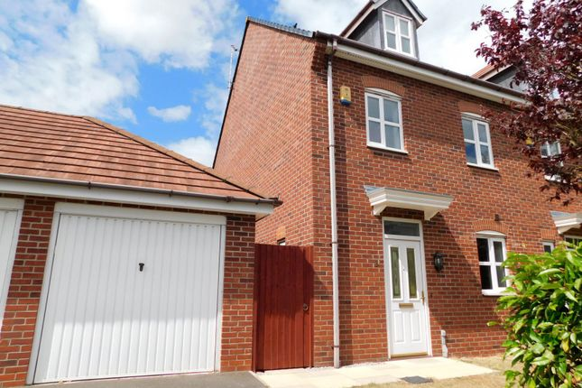 Thumbnail Town house to rent in Abbey Park Way, Weston, Crewe