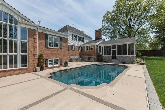Thumbnail Property for sale in 1122 Litton Ln, Mclean, Virginia, 22101, United States Of America