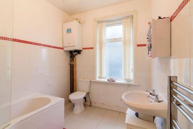 Bathroom 1 of Eton Street, Halifax HX1