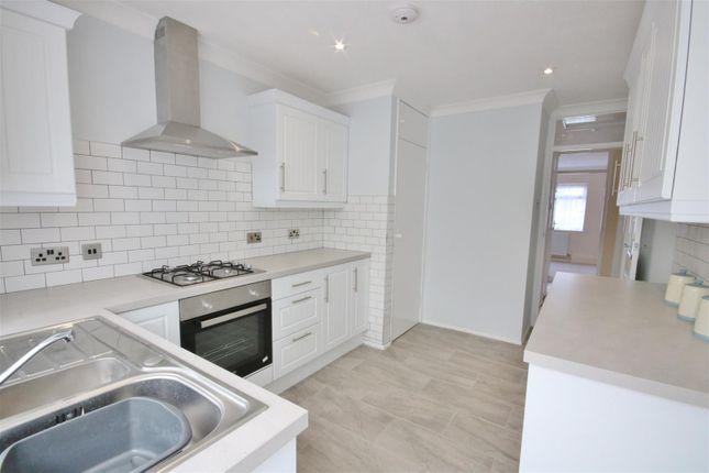 Kitchen of Vista Avenue, Kirby-Le-Soken, Frinton-On-Sea CO13