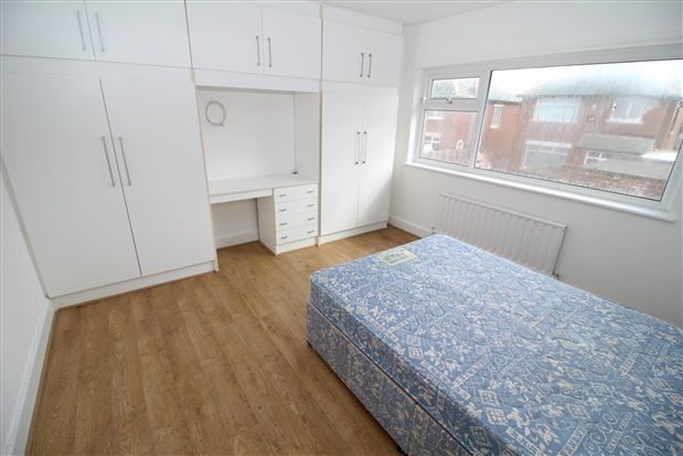 Bedroom 2 of Freemantle Avenue, Blackpool FY4