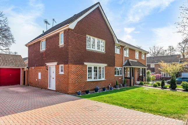 Thumbnail Semi-detached house to rent in Meadowbank Road, Lightwater