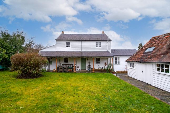 4 bed detached house for sale in Heath Road, Coxheath, Kent ME17