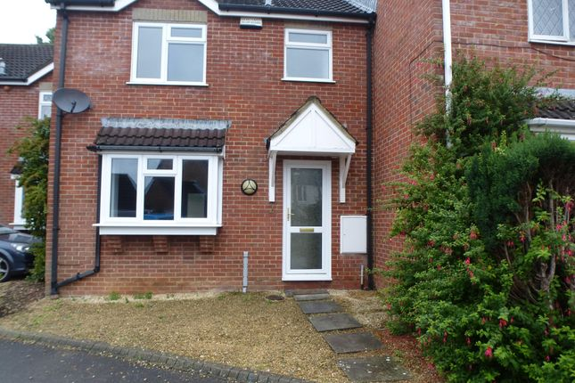 Thumbnail Terraced house to rent in Ludlow Close, Pewsham, Chippenham