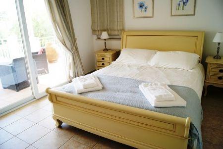 Image 6 6 Bedroom Villa - Western Algarve, Praia Da Luz (Gv368)