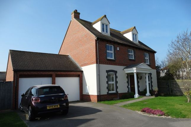 Thumbnail Detached house for sale in Robinson Close, Selsey, Chichester